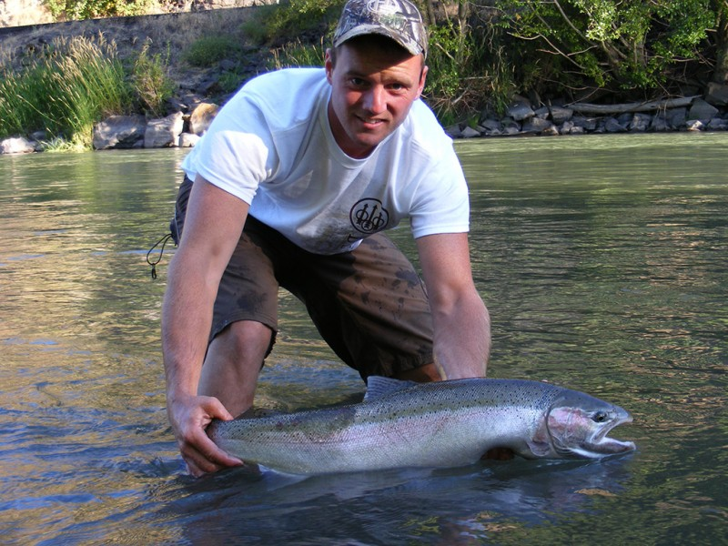 Summer-Steelhead-Klickitat-Washington-Zoller-Outfitting-(3)